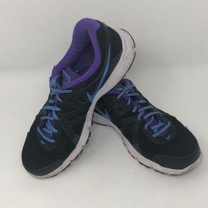 Nike Revolution 2 sneakers size 9